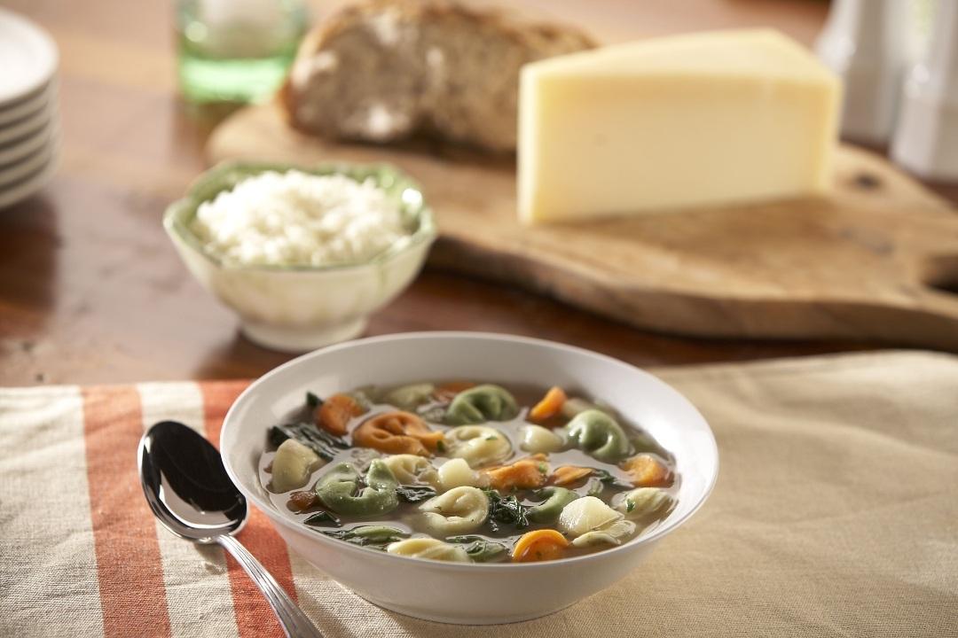 Sopa de Espinacas y Tortellini